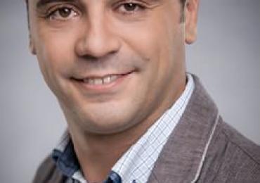 Antonio – Spanischlehrer in Bonn – Spanisch Privatunterricht in Bonn bei Ihnen zu Hause