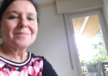 Online Französisch Nachhilfeunterricht mit Nativespeakerin Claire