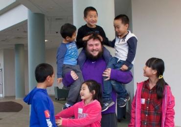 Nimm Englisch Nachhilfekurse in Neu-Isenburg bei Colin aus Amerika