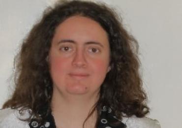 Ungarischlehrer Erika gibt Online-Unterricht