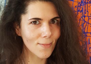Absolventin und Ungarisch Sprachlehrerin Enikö unterrichtet in Bochum