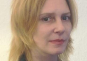 Trainerin Željana gibt Kroatischunterricht in Lübeck