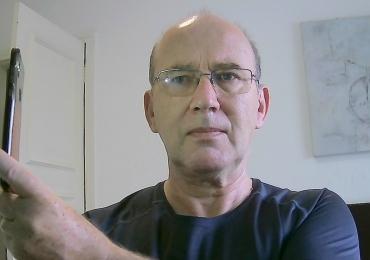 Langjähriger Lehrer und Prüfer gibt Deutsch Kurse im online-Format